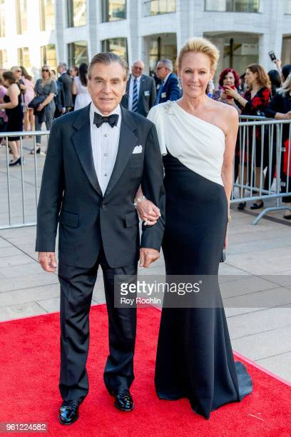 Dr Sherrell Aston and Muffie Potter Aston attend the 2018 American Ballet Theatre Spring Gala at The Metropolitan Opera House on May 21 2018 in New...