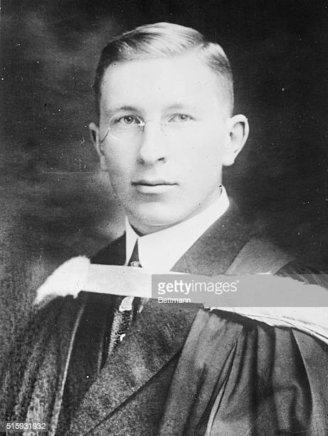 Dr Sir Fredric Grant Banting discoverer of insulin in 1923 portrait