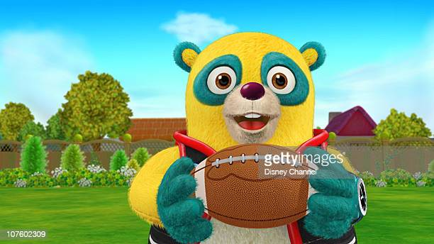 OSO 'Dr Throw' Special Agent Oso teaches Rudy how to throw a football in time for his Uncle Lou's visit Legendary Notre Dame football coach and ESPN...
