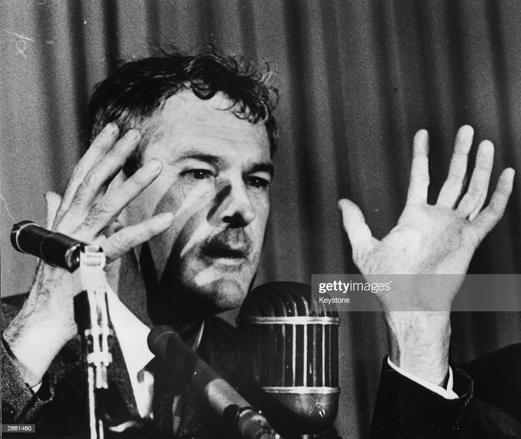 Timothy Leary : News Photo