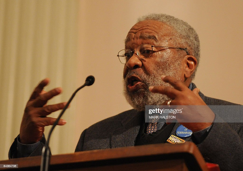 Dr Vincent Harding who was a close colle : News Photo