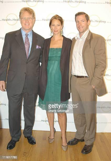 Dr Woodson Merrell Christy Turlington and Ed Burns