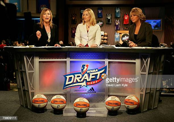 WNBA draft analyasts Linda Cohn Doris Burke and Nancy Lieberman provide analysis during the 2007 WNBA Daft at the Renaissance Cleveland Hotel April 4...