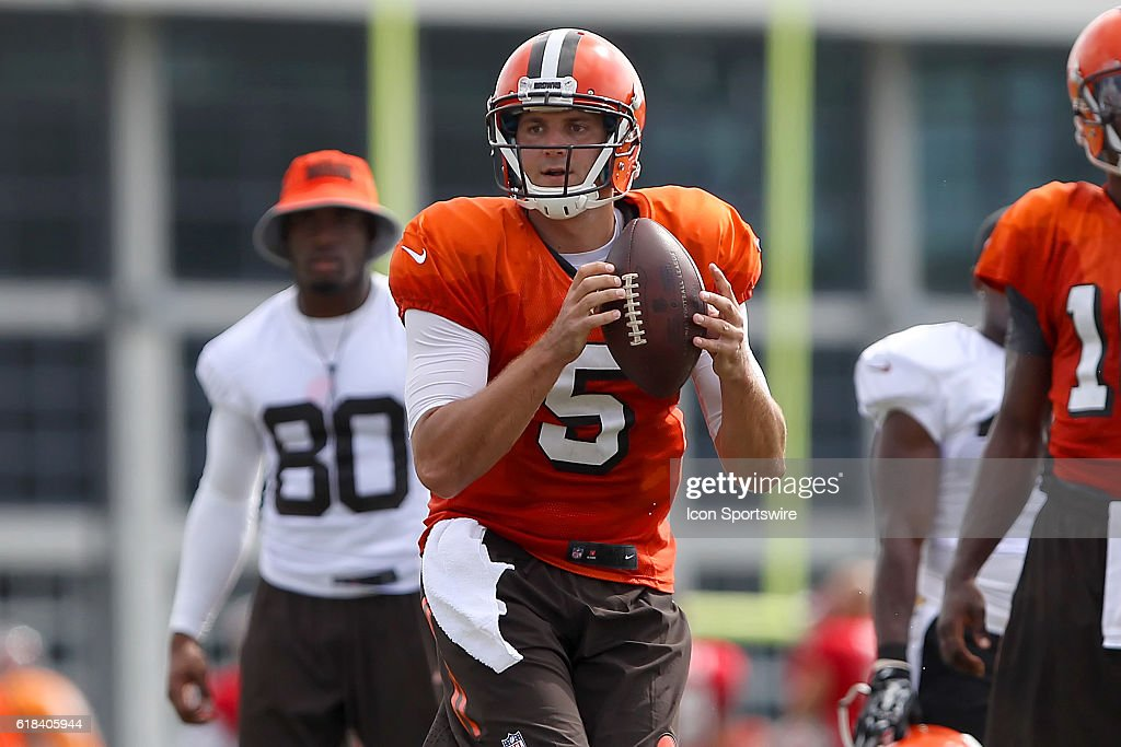 2016 draft pick Cody Kessler of the Browns during the Tampa Bay ... 31318be5d57