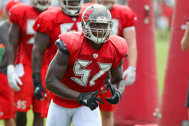 NFL  AUG 24 Buccaneers Training Camp Pictures  fb2e58a0384