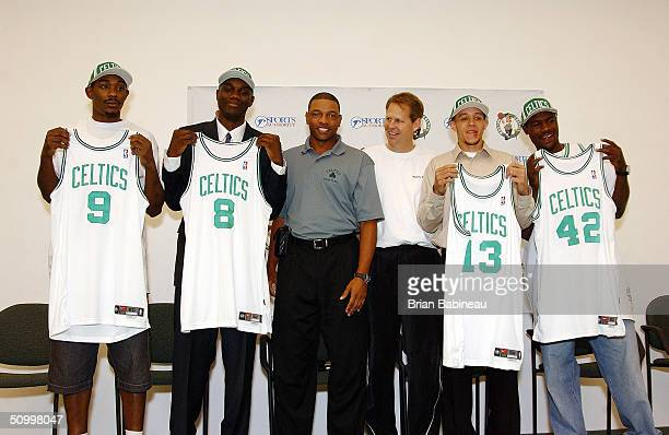 Draft Picks Justin Reed, Al Jefferson, coach Doc Rivers, Danny Ainge, Delonte West, and Tony Allen during the Boston Celtics draft pick press...