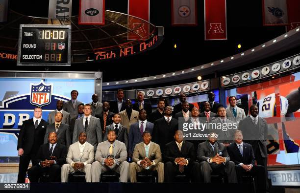 Draft prospects pose for a group photo with NFL Commissioner Roger Goodell along with former and current NFL Players including Jim Brown Jerry Rice...