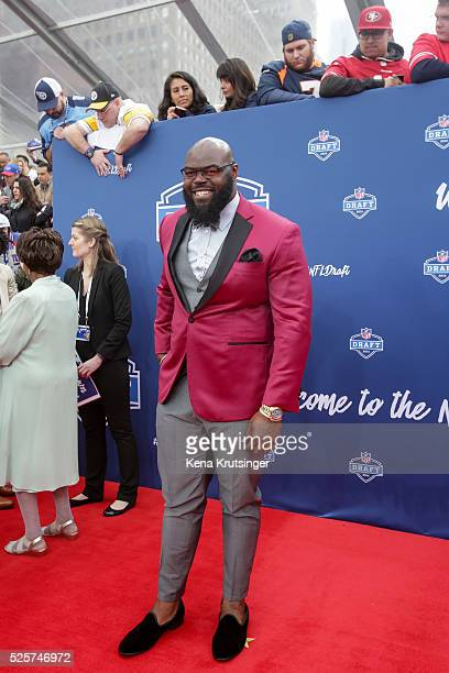 Draftee A'Shawn Robinson of Alabama arrives to the 2016 NFL Draft at the Auditorium Theatre of Roosevelt University on April 28 2016 in Chicago...