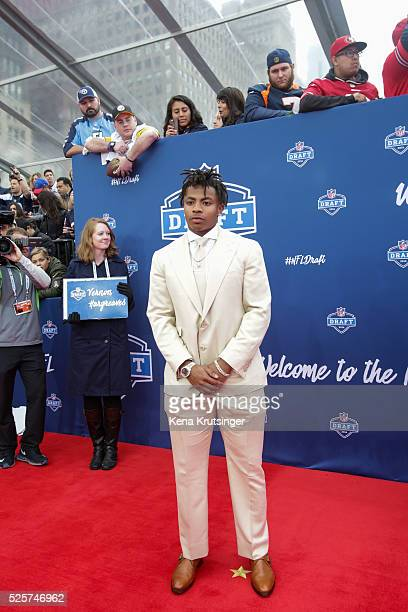 Draftee Vernon Hargreaves III arrives to the 2016 NFL Draft at the Auditorium Theatre of Roosevelt University on April 28 2016 in Chicago Illinois