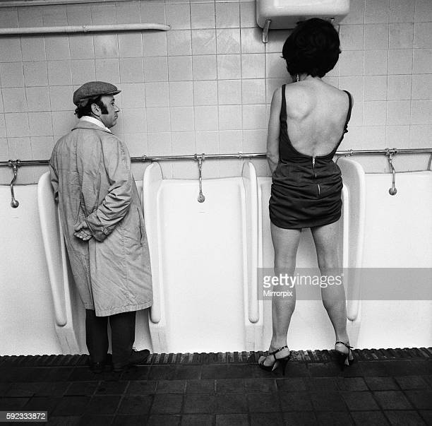 Drag artist Ron Storme finds that a man has to do what a man has to do no matter what he is wearing 6th August 1970