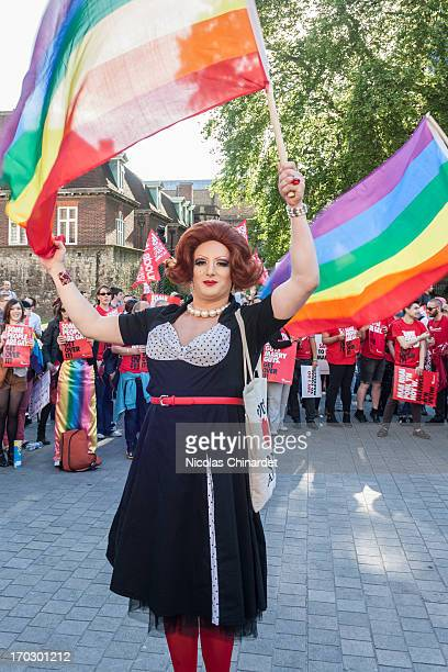 CONTENT] A drag queen at the second vigil in support of equal marriage outside Parliament