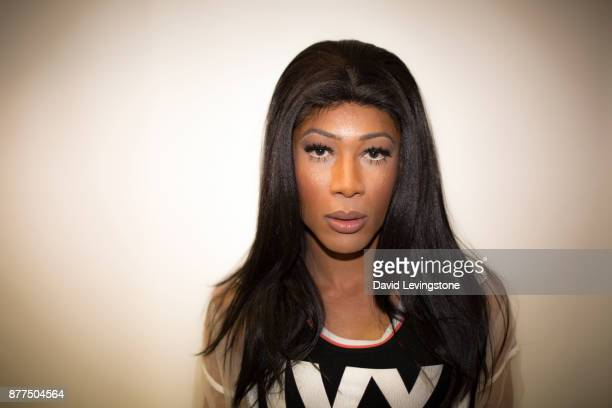 drag queen looking to camera - transvestite stock photos and pictures