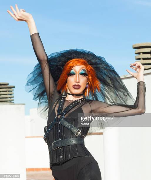 drag queen - crossdressing party stock photos and pictures