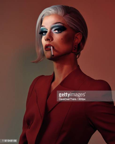 drag queen portrait - crossdressing stock pictures, royalty-free photos & images