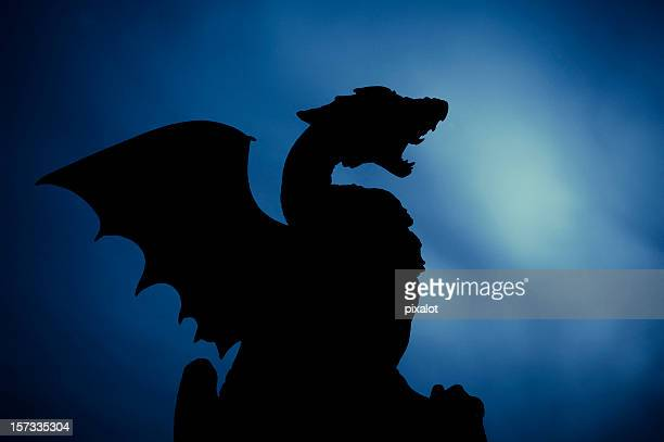 Dragon-Silhouette