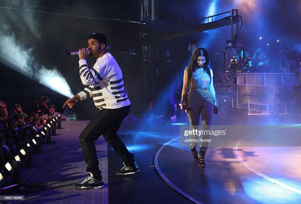 Drake and Nicki Minaj perform in concert during Hot 97 Summer Jam 2014 at MetLife Stadium on June 1, 2014 in East Rutherford City.