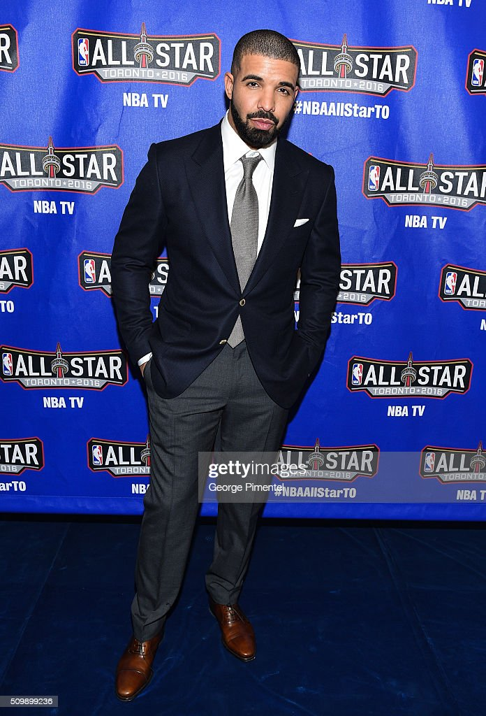 Drake attends the 2016 NBA All-Star Celebrity Game at Ricoh Coliseum on February 12, 2016 in Toronto, Canada.