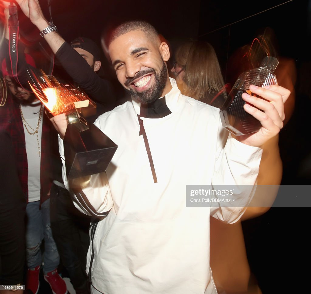Drake attends the 2017 Billboard Music Awards at T-Mobile Arena on May 21, 2017 in Las Vegas, Nevada.