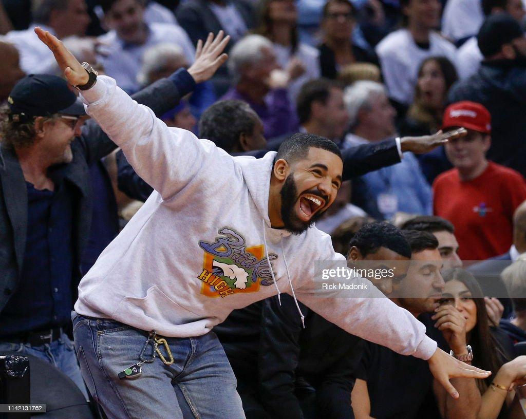 Toronto Raptors vs Philadelphia 76ers : News Photo