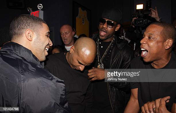 Drake 'OG' Juan Perez LeBron James and JayZ attend JayZ's Official Madison Square Garden Concert After Party at the 40 / 40 Club on March 2 2010 in...