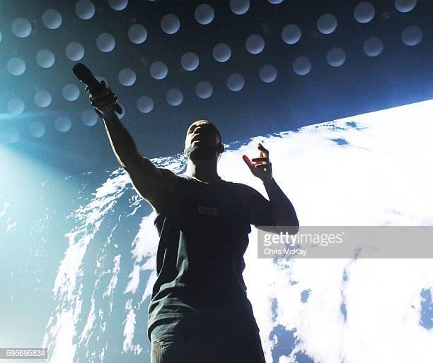 Drake performs at Philips Arena on August 25 2016 in Atlanta Georgia