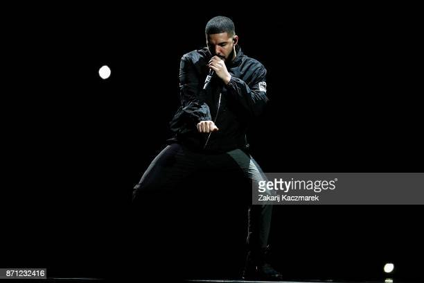 Drake performs at Qudos Bank Arena on November 7 2017 in Sydney Australia