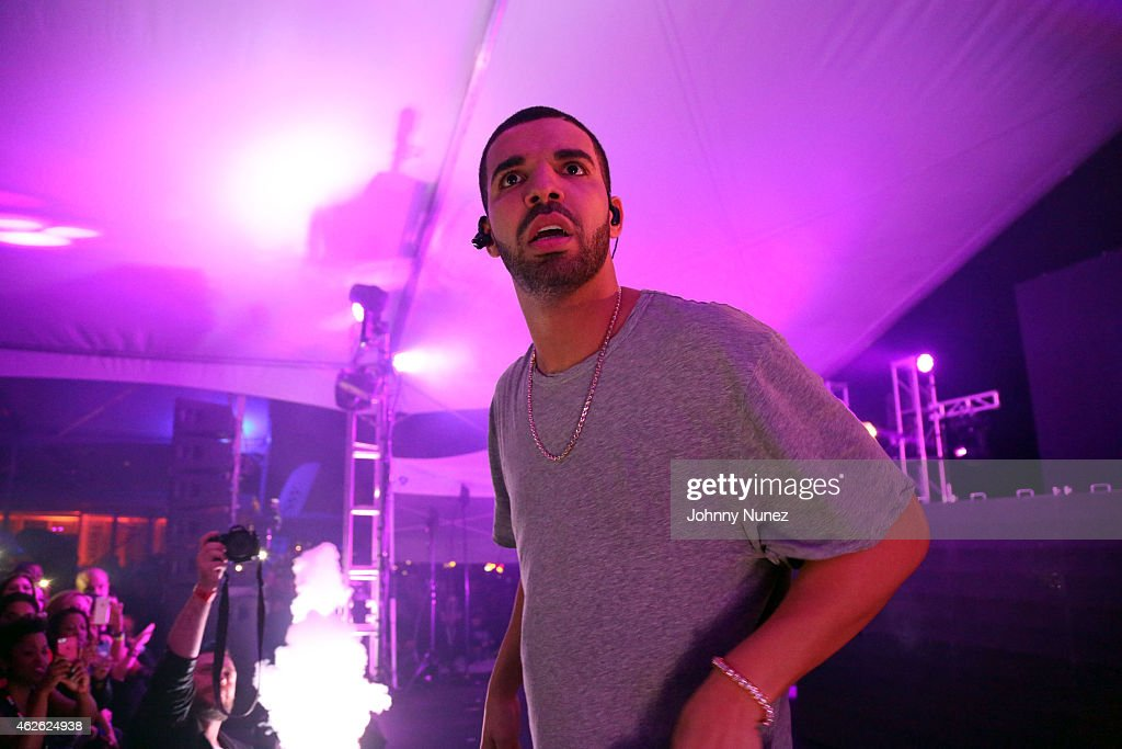 Bootsy Bellows Pop Up Hosted By Drake : News Photo