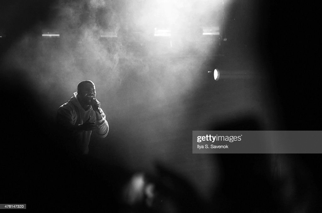 Drake performs during day 1 of the 2015 Governors Ball Music Festival at Randall's Island on June 5, 2015 in New York City.