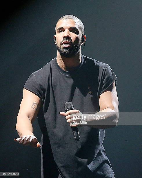 Drake performs during day 2 of the first weekend of Austin City Limits Music Festival at Zilker Park on October 3 2015 in Austin Texas