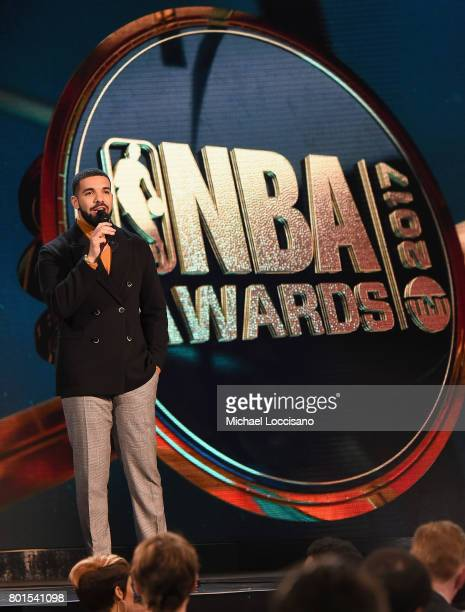 Drake speaks on stage during the 2017 NBA Awards Live On TNT on June 26 2017 in New York City 27111_001