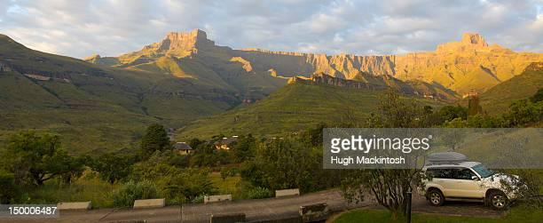 Drakensberg Amphitheatre view, uKhahlamba-Drakensberg Park, KwaZulu-Natal, South Africa