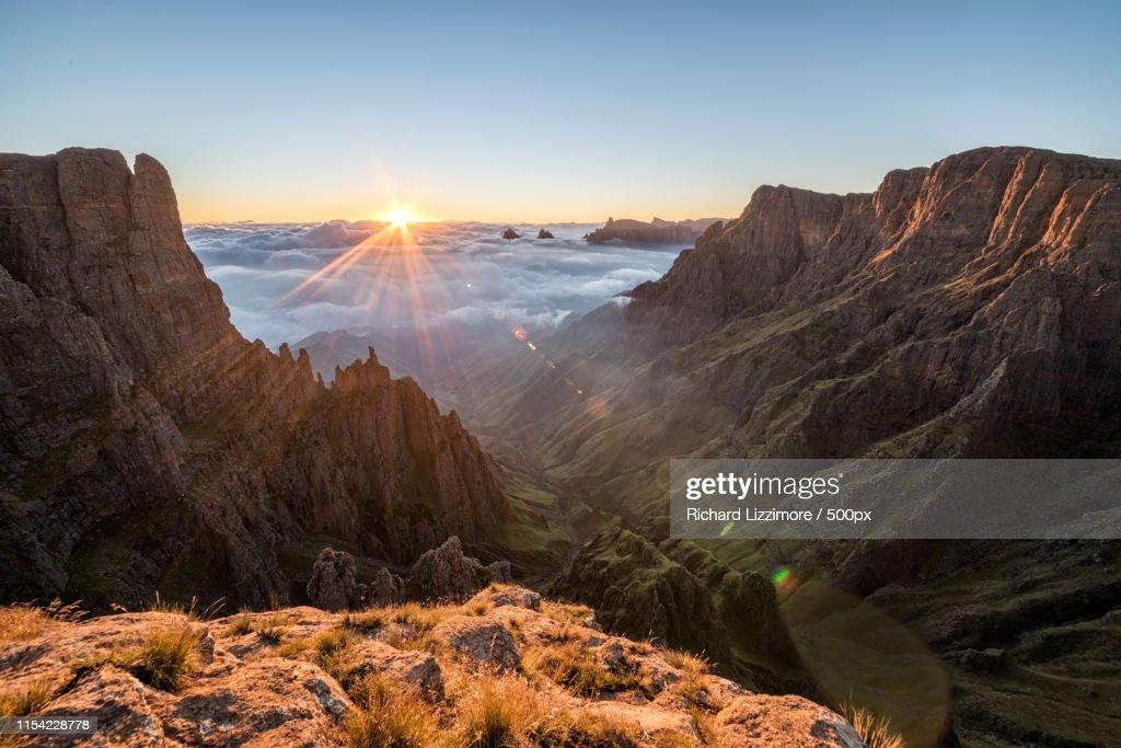 Drakensberg Sunrise : Stock Photo