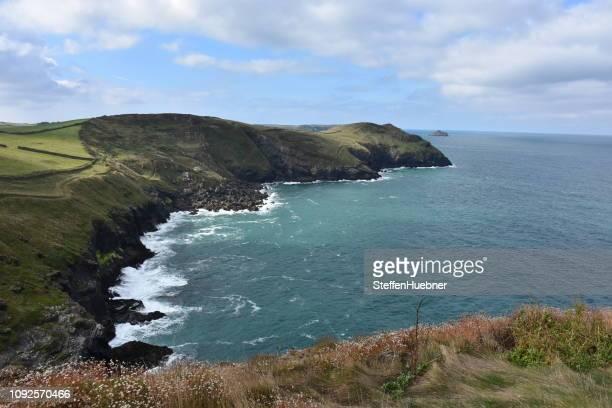 劇的な海岸 - イングランド南西部 ストックフォトと画像