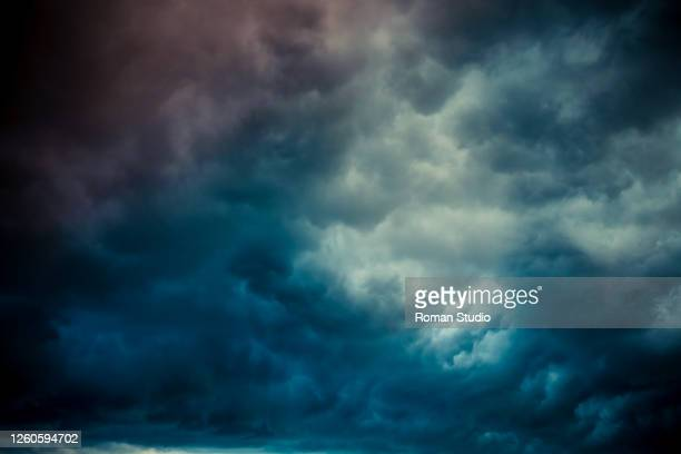 dramatic dark thunder sky - cloudscape stock pictures, royalty-free photos & images