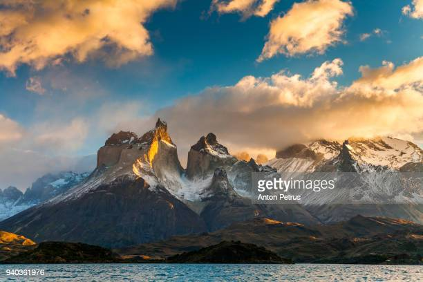 dramatic dawn in torres del paine, chile - patagonia foto e immagini stock