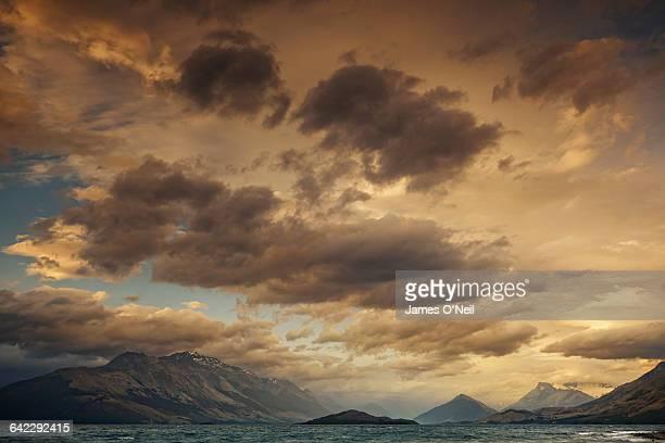 Dramatic landscape looking across Lake Wakatipu