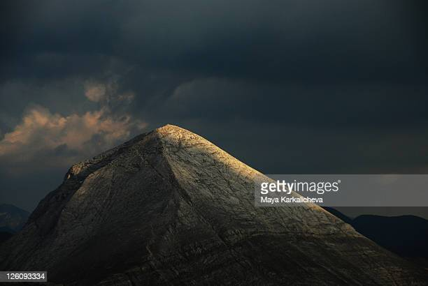 dramatic light on mountain peak - pirin national park stock pictures, royalty-free photos & images