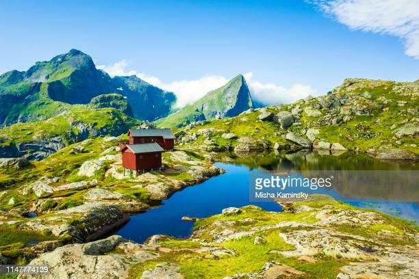 dramatic mountain scenery of lofoten islands, norway - lofoten stock pictures, royalty-free photos & images