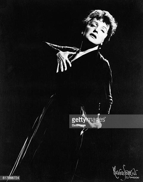 Dramatic portrait of French chanteuse Edith Piaf Photo filed 9/7/1955 BPA2
