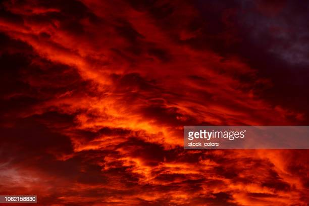 dramatic sky - red sky stock pictures, royalty-free photos & images