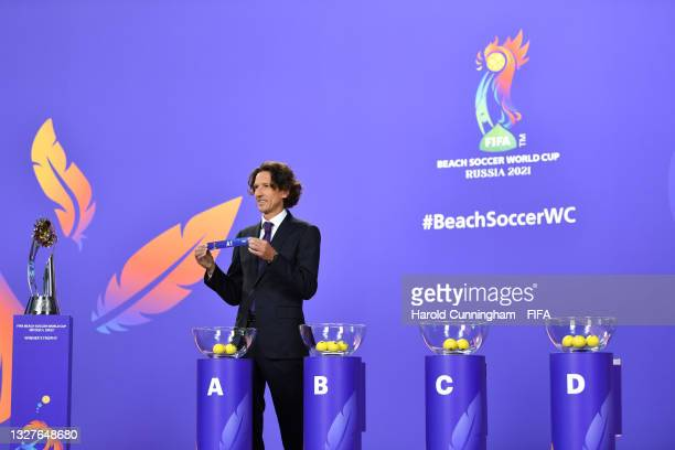 Draw Assistant Alexey Smertin shows A1 during the FIFA Beach Soccer World Cup Russia 2021 draw at the Home of FIFA on July 08, 2021 in Zurich,...
