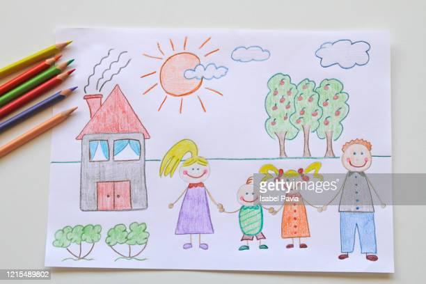 stay at home draw of a family and their house. coronavirus concept - niñez fotografías e imágenes de stock