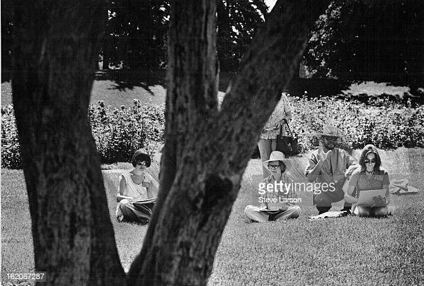 JUL 1 1977 JUL 10 1977 Drawing On Good Advice Denver artist Bob Ragland offers instructions to three of his students on how to draw trees Ragland and...