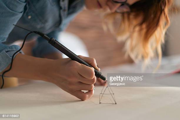 Drawing with 3d pencil