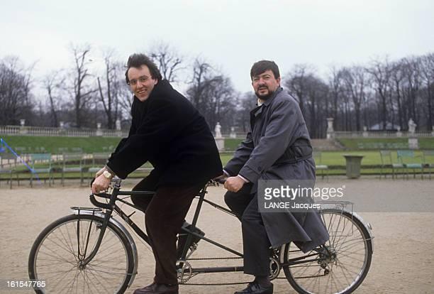 Dray Julien And Jean-luc Melenchon. Janvier 1999, dans le jardin du Luxembourg à Paris, Julien DRAY, député de l'ESSONNE, avec Jean-Luc MELENCHON,...