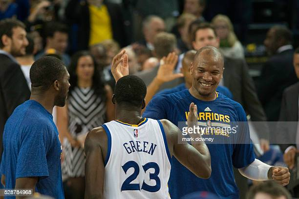 Draymond Green high fives and savers victory