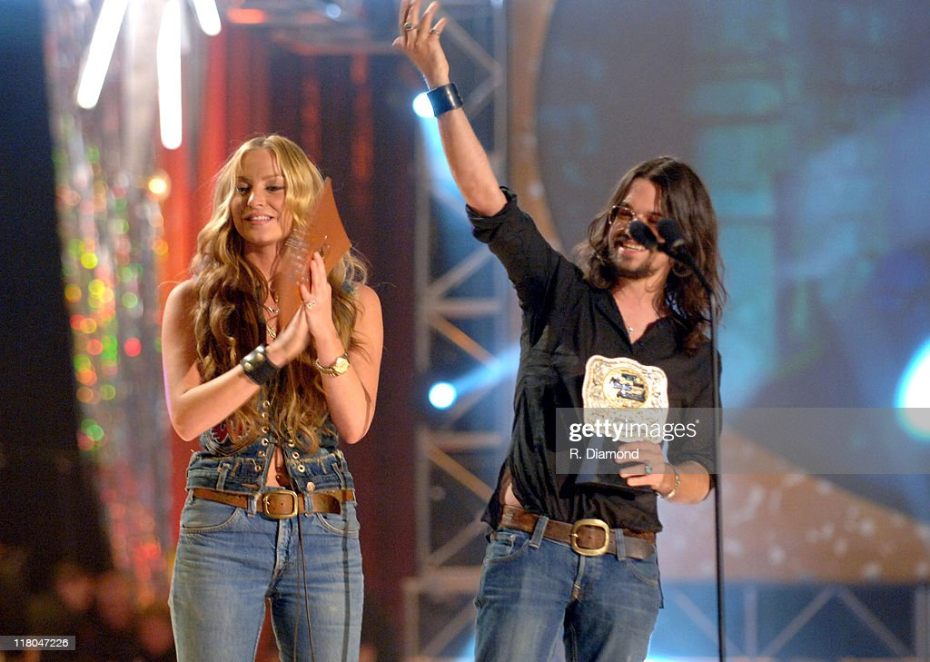 2005 Cmt Music Awards Show Photos And Images Getty Images