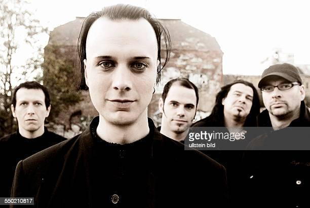 Dreadful Shadows Vlnr Gitarrist Andre Feller Sänger Sven Friedrich Gitarrist Norman Selbig Bassist Jens Riediger und Schlagzeuger Ron Thiele