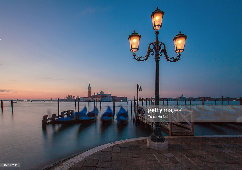 Dreaming gondolas in an early morning : Stock Photo