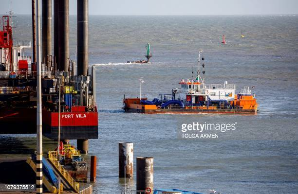 Dredger works near ato remove silt from the Harbour at the of Ramsgate, in Ramsgate, south east England on January 8, 2019. - In the Port of...